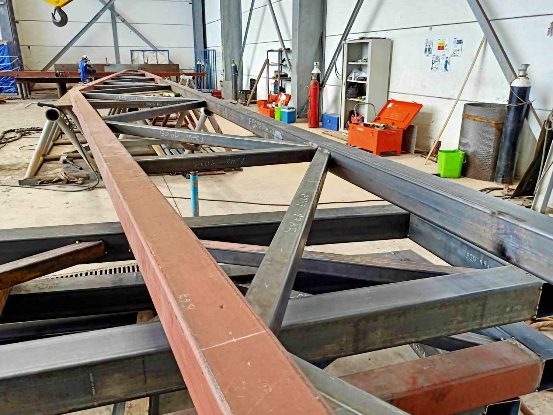 HCM-fabricacion-de-estructura-para-cubierta-supermercado
